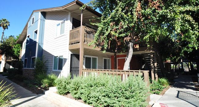 Image Of Village Grove Apartments In Escondido Ca
