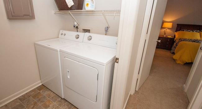 Hickory Woods Apartments Reviews