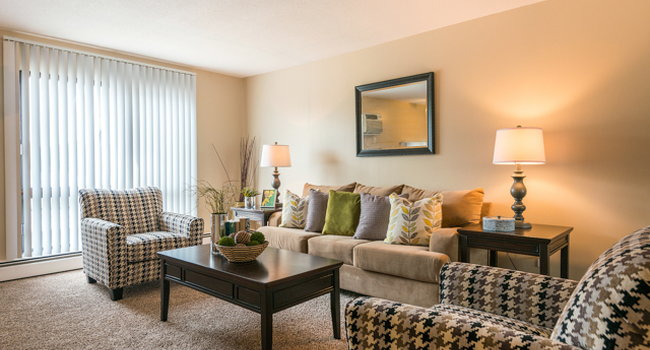 Sensational Cedars 94 Apartments 13 Reviews Minneapolis Mn Home Remodeling Inspirations Cosmcuboardxyz
