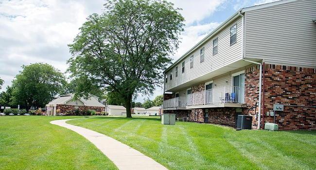 Terrace Garden Townhomes - 96 Reviews | Omaha, NE Apartments for ...