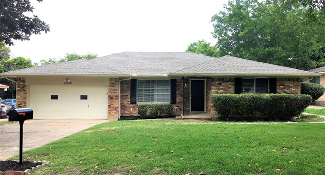 Image of 5246 Pennridge Lane in Dallas, TX