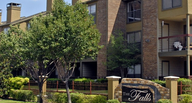 falls at highpoint 445 reviews dallas tx apartments for rent