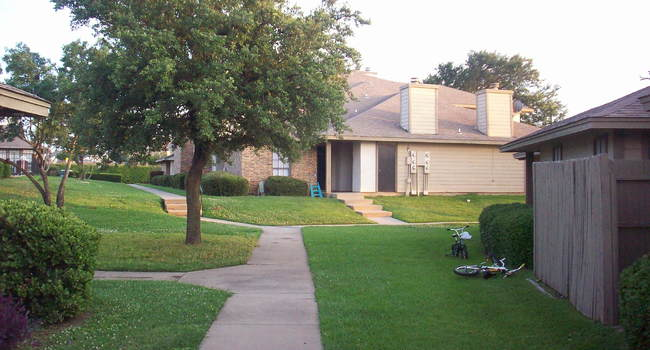 Center Place Apartments - 63 Reviews | Arlington, TX ...