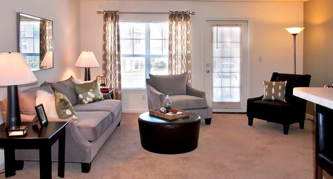 Avalon at Bedford Center - 9 Reviews | Bedford, MA ...