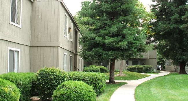 AptRatings: The Redwood Apartments - 28 Reviews | Modesto, CA ...
