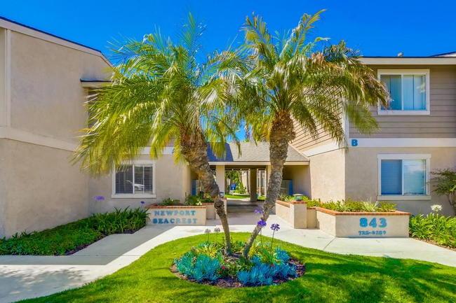 Newport Seacrest Apartments 22 Reviews Newport Beach Ca