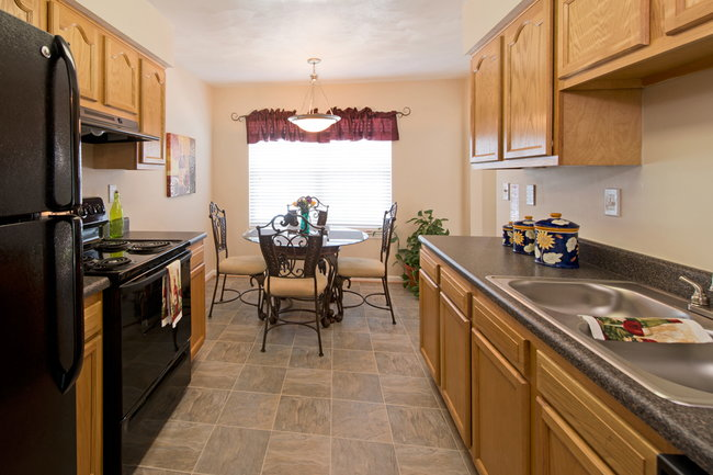 Manager Uploaded Photo Of College Square At Harbour View Townhouse  Apartments In Suffolk, VA